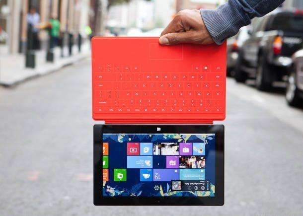 Microsoft будет поддерживать планшет Surface RT не менее 4 лет