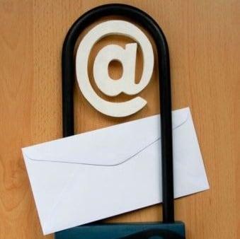 Что нельзя прикрепить к электронному письму — Ответ