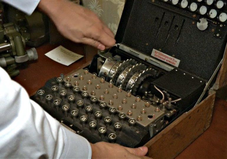Немецкие водолазы нашли шифровальную машину «Энигма» в Балтийском море